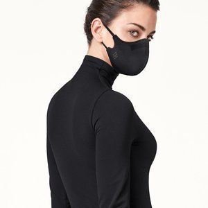 Wolford  Black Double Layered Care Mask XS- S